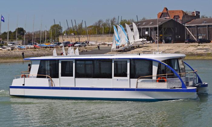 bateau electrique composite