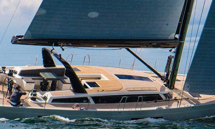 x-yachts_carbon_boat